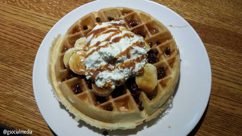 asheville waffle bananas